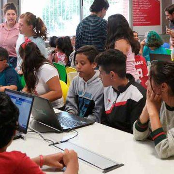 Comenzaron las clases de apoyo escolar en la Comuna 9