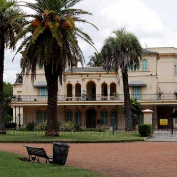 Planes para el finde: muestras artísticas y teatro en el Parque Avellaneda