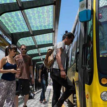 Anunciaron la construcción del metrobús Alberdi-Directorio