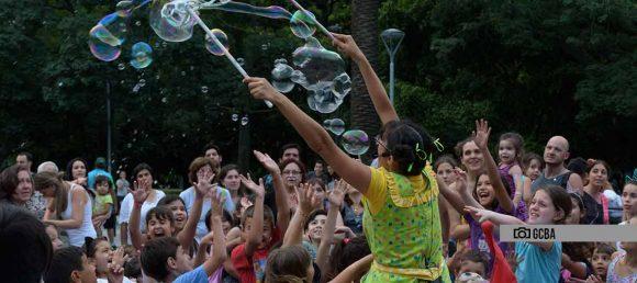 """El programa cultural """"Vamos las plazas"""" ya funciona en Liniers y Mataderos"""